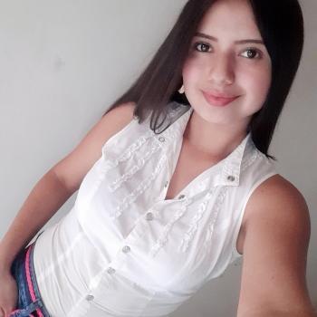 Niñera Yumbo: Lina marcela