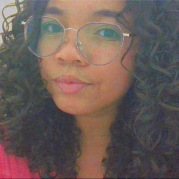 Babá em Lauro de Freitas: Aiala