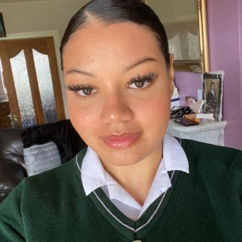 Babysitter in Dundalk: Alicia