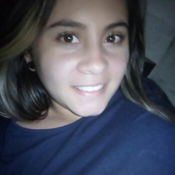 Babysitter in Bello: Cristina