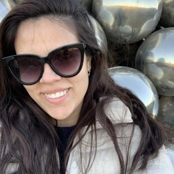 Baby-sitter in Saint-Albert: Frida