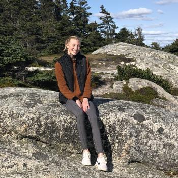 Babysitter in Halifax: Bea