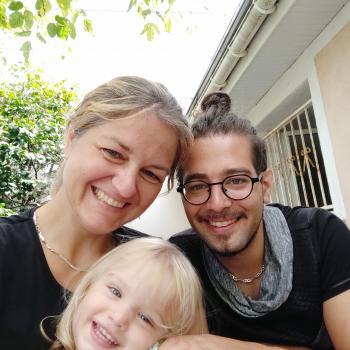 Baby-sitting Annecy: job de garde d'enfants Myriam
