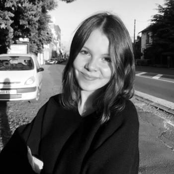 Baby-sitter Villeneuve-d'Ascq: Pauline