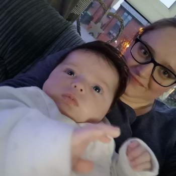 Babysitter Bolton: Georgina