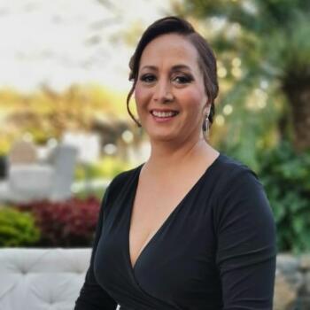 Babysitter in Mérida: Claudia