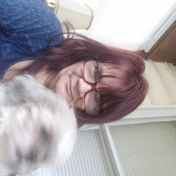 Babysitter in South Bend: Debbie