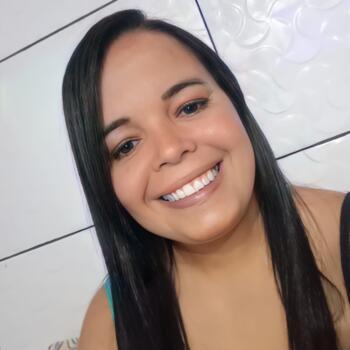Babá em Ribeirão das Neves: Poliana