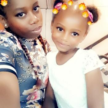 Baby-sitter Nice: Fani