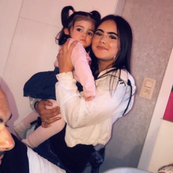 Babysitter Ans: Adriana