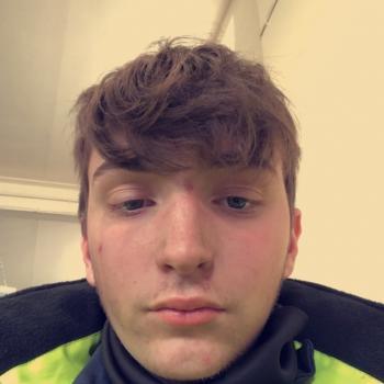 Babysitter Stoke-on-Trent: Cam