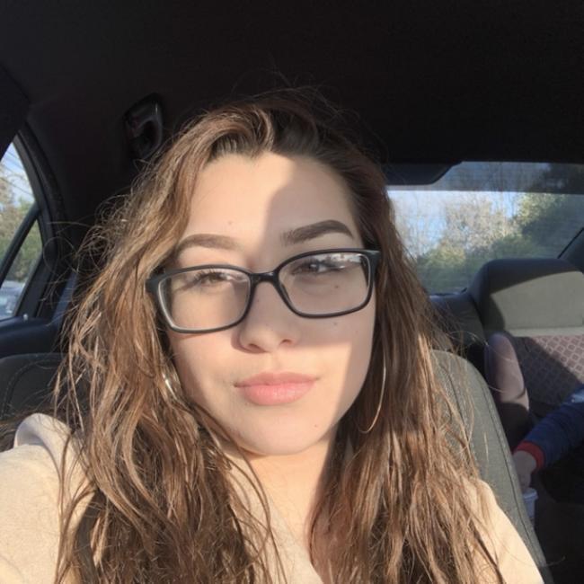 Babysitter in Union City (California): Alejandra