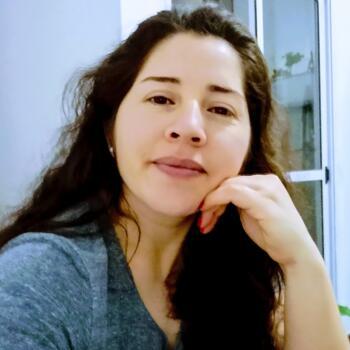 Babysitter in San Fernando: Eliana