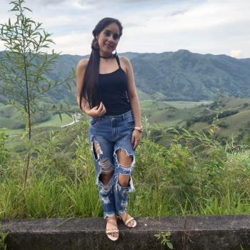 Niñera Medellín: Liber