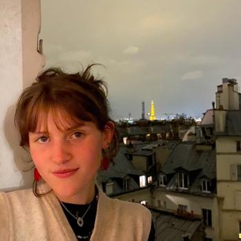 Babysitter in Antwerpen: LILA MARIA
