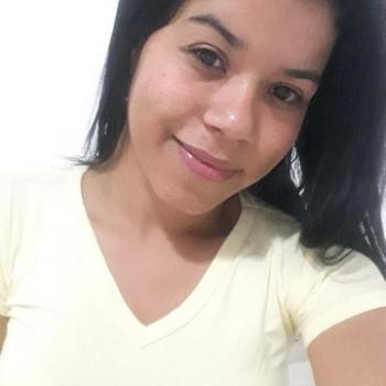 Babysitter São Luís: Stefany
