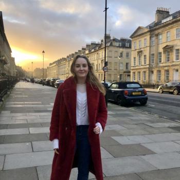 Babysitter in Bath: Kate