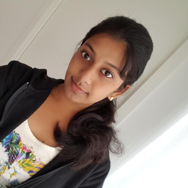 Babysitter in Uppsala: Priya