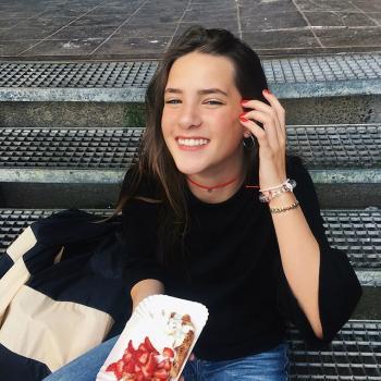 Oppas Rotterdam: Emma rose sens