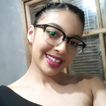 Babá Santa Maria: Sandriellen Ramos Alves
