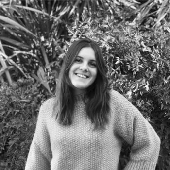 Babysitter in Girona: Laure