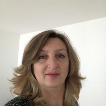 Lavoro per babysitter Basilea: lavoro per babysitter Ruzica