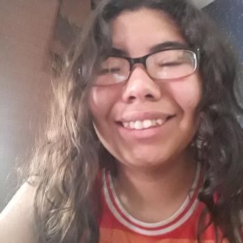Babysitter Burbank (California): Alexia