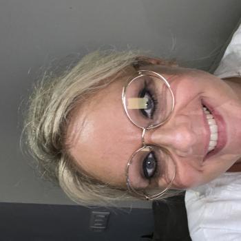 Babysitter Job in Mouscron: Babysitter Job Helene