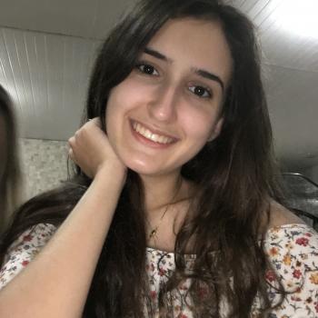 Babá Goiânia: Renata