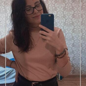 Babysitter Joinville: Alessandra