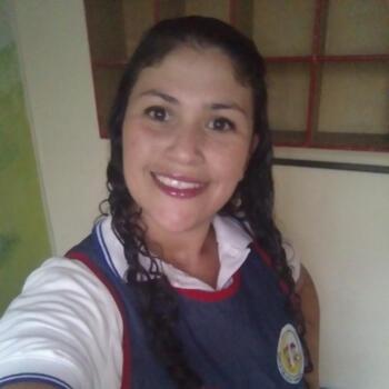 Babysitter in Medellín: Paula