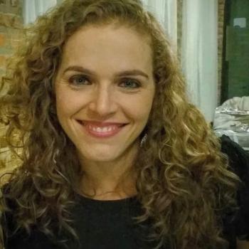 Babá São José (São José): Karina