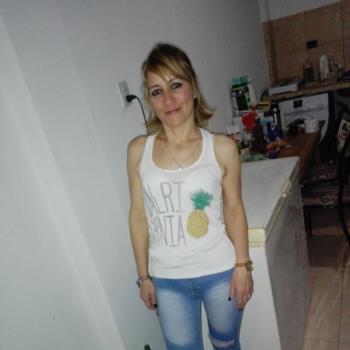 Babysitter in Avellaneda (Provincia de Buenos Aires): Alejandra