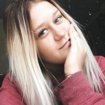 Babysitter in Mount Barker: Angela