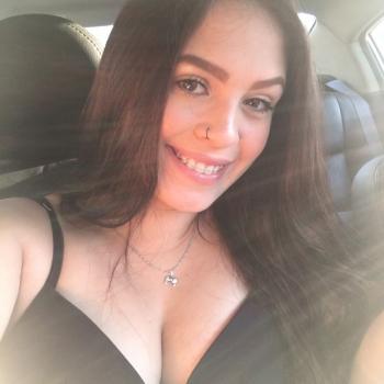 Babá em Porto Alegre: Brenda