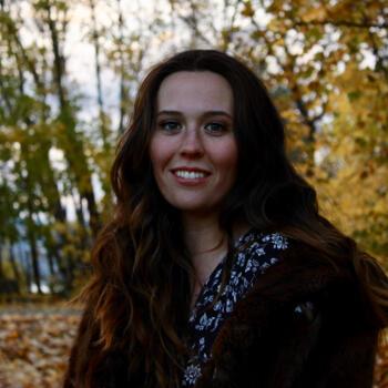 Babysitter in Blenheim: Lindsey