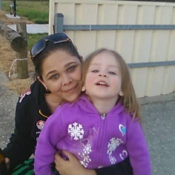 Babysitter in Albury: Sara
