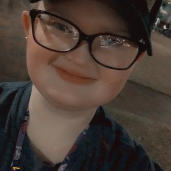 Babysitter in Douglasville: Heather M