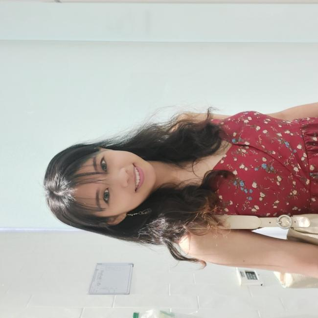 Babysitter in Singapore: Joleen