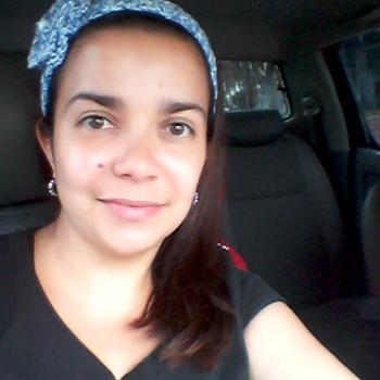 Niñera Collado Mediano: Yanhilda