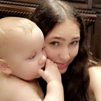 Baby-sitter in Winnipeg: Mckyla