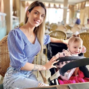 Babysitting Jobs in Balneário Camboriú: babysitting job Taynara