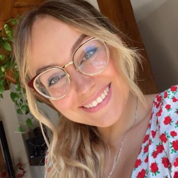 Babysitter in Valence: Cassandra