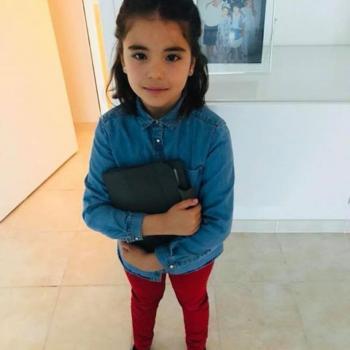 Baby-sitting Marseille: job de garde d'enfants Soumaya
