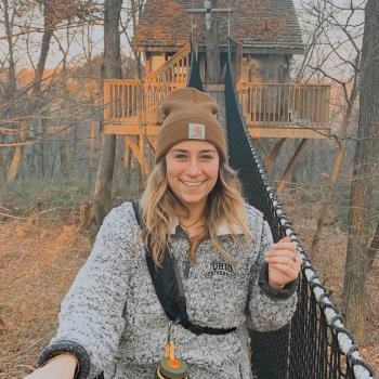 Babysitter Queenstown: Hannah