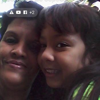 Agência de babás Campo Grande: Vivian