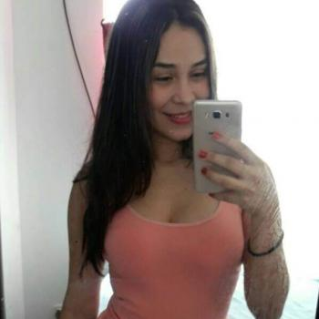 Niñera Bucaramanga: Hefzi Giraldo