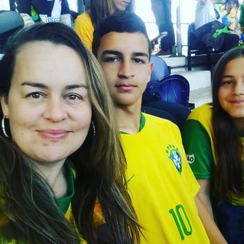 Babysitter Amadora: Cláudia Mónica Menezes