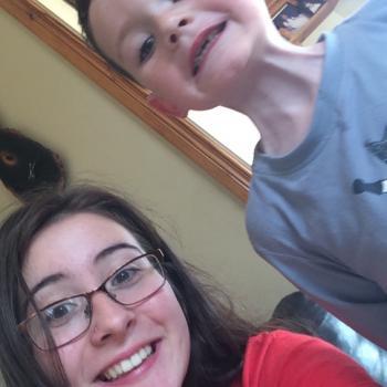 Babysitter Kilbeggan: Della