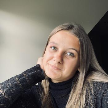 Babysitter Heist-op-den-Berg: Femke